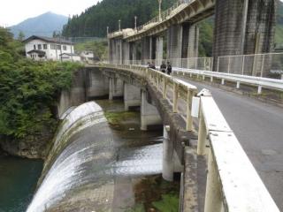 15-kurobe-dam